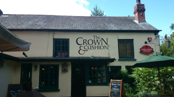 Crown & Cushion front
